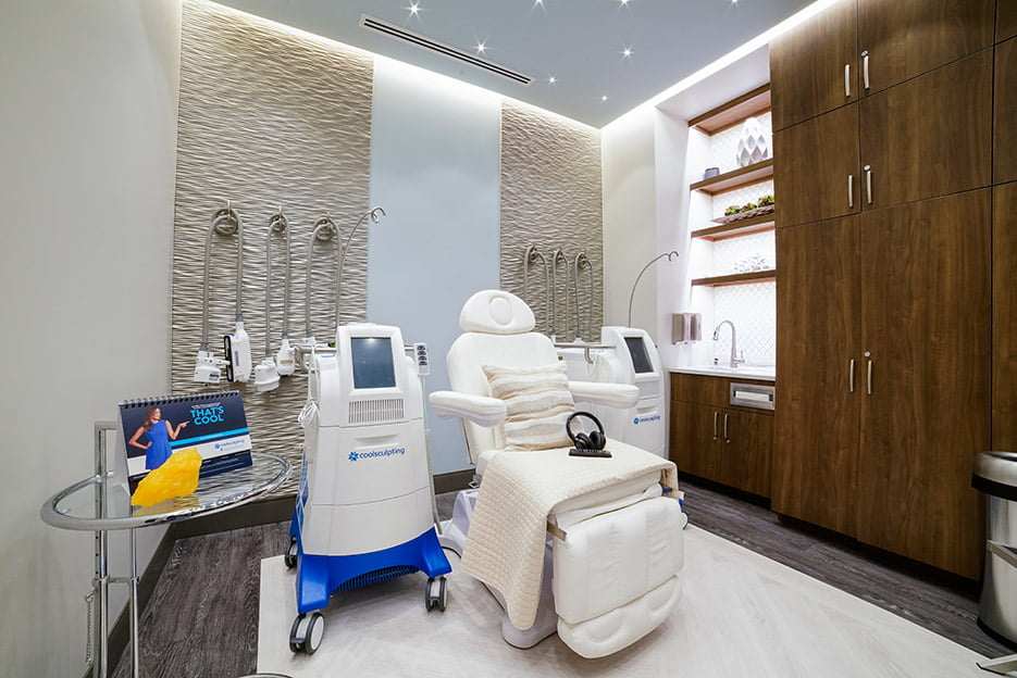 coolsculpting-room-935x624